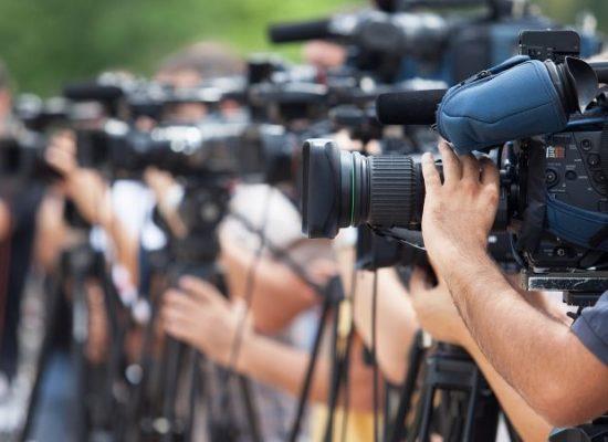 La «haine du journalisme» menace les démocraties, selon RSF