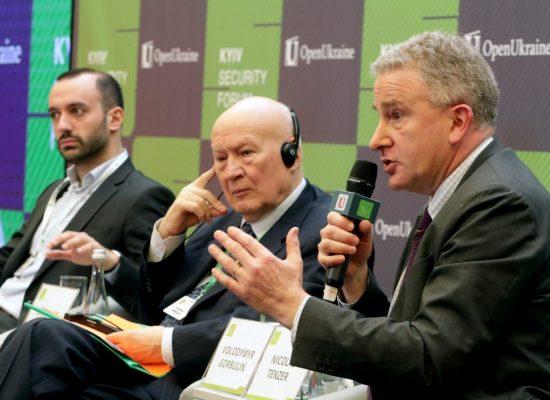 «La Russie est une menace systémique pour la sécurité, mais également idéologique et de déstabilisation des règles et des organisations internationales»