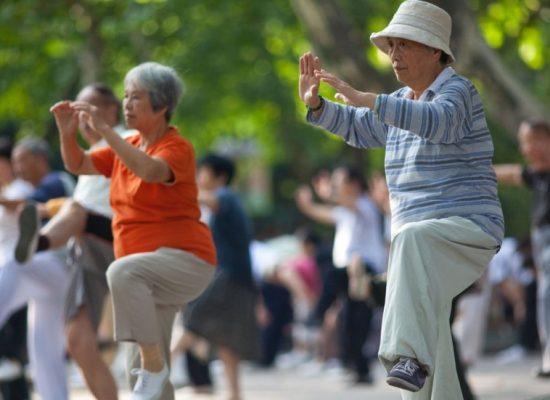 Фейк «Вестей недели»: в Китае не платят пенсии