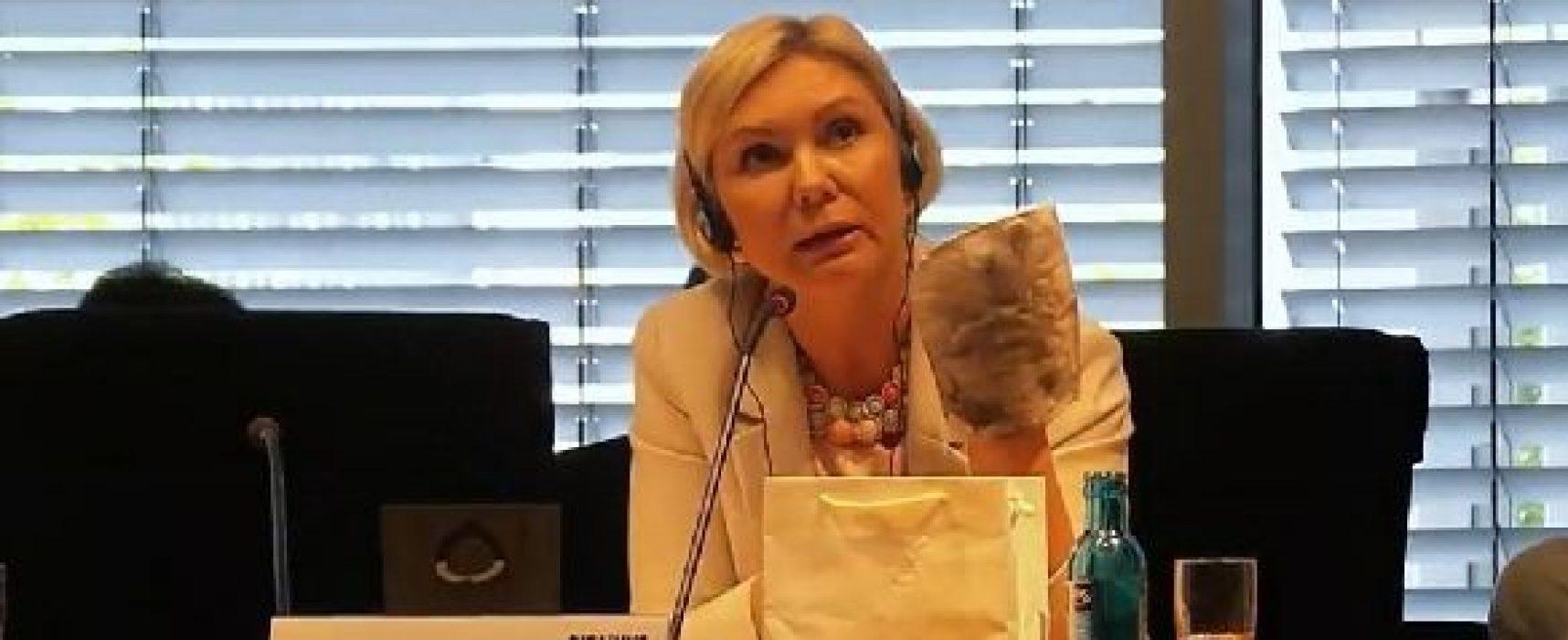 """Олена Бондаренко заявила в Бундестага, че в Украйна има """"5 хиляди политически затворници"""". Откъде дойде тази статистика?"""