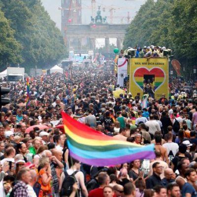 Fake RIA Nowosti: Niemcy uciekają do Rosji przed propagandą homoseksualizmu