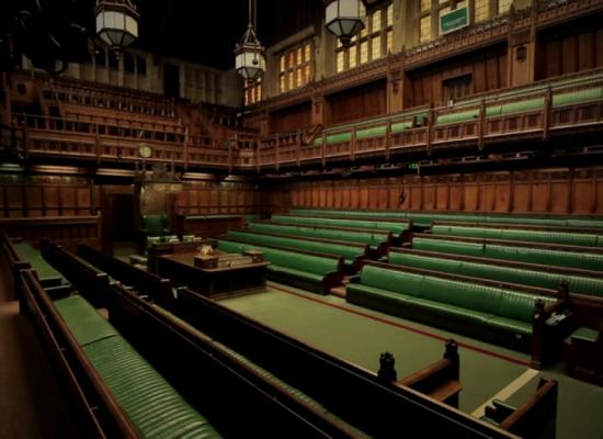 Великобритания введет налог на фейковые новости