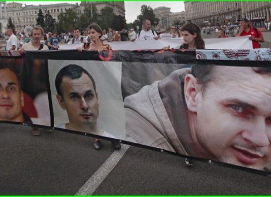 Premio Sakharov a Oleg Sentsov, altro schiaffo a Putin
