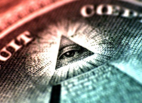 Konspirační teorie aneb věřit všemu je jako nevěřit ničemu