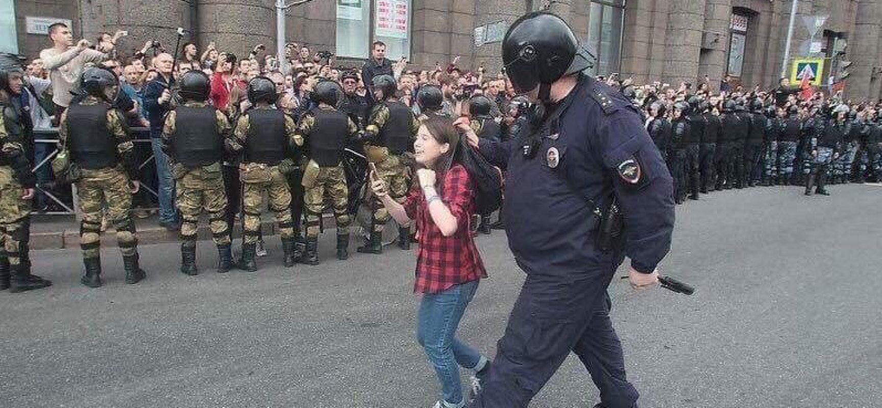 La repressione in Russia non trova spazio nella RAI di Foa