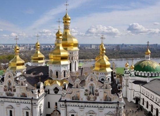 """Фейк на """"Первый канал"""": В Украйна масово завземат църквите на Московския патриарахат"""