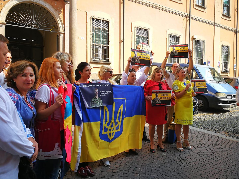 Pavia insulti razzisti alla comunità ucraina