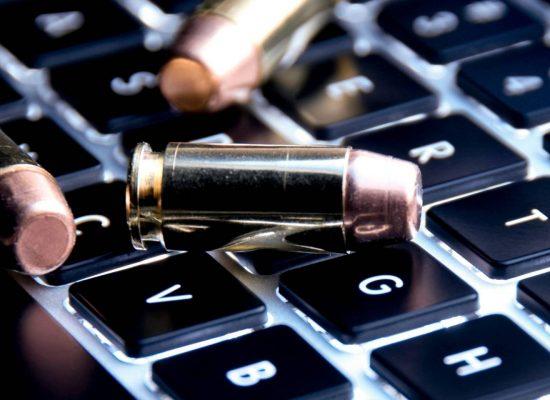 Ръководителката на Министерството на отбраната на Нидерландия заяви, че страната ѝ се намира в състояние на кибервойна с РФ