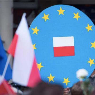 Fake: «La Pologne se retire de l'Union européenne»