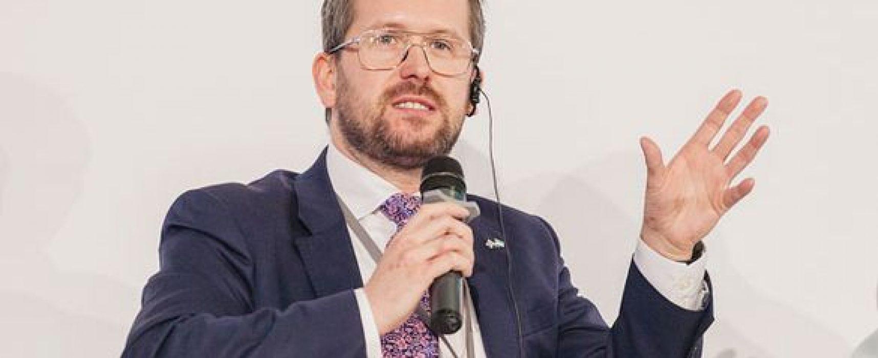 Парламентарий Великобритании: Российские медиа платят нашим депутатам до 3 тыс. фунтов, чтобы они приехали в студию