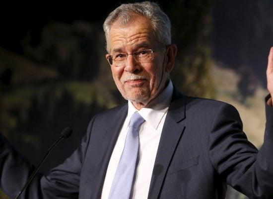 ТАСС приписал президенту Австрии слова об «афере со шпионажем» из-за неверного перевода слова Affäre