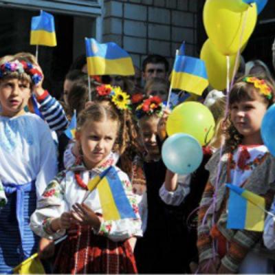 Фейк: Правительство Украины пытается отменить школьное образование