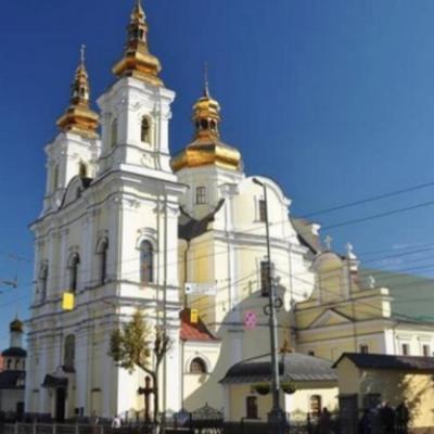 Fake: Neznámí pachatelé obsadili pravoslavný chrám v ukrajinském městě Vinnycja