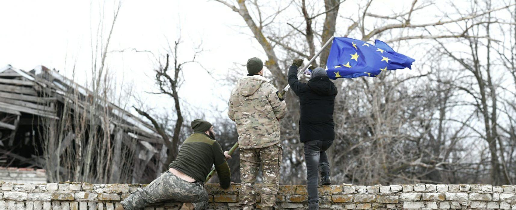 Ucraina: il Natale al fronte dove la pace è il regalo che non arriva mai