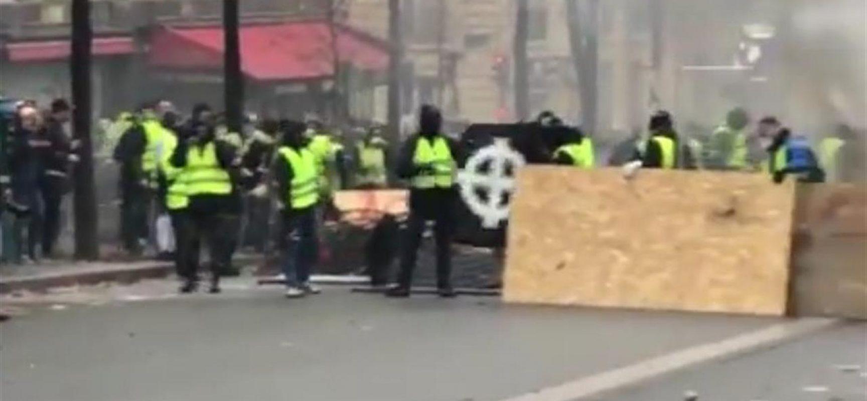 I Gilet gialli hanno spianato la strada alle fake news, nuovo terreno di scontro alle prossime Europee