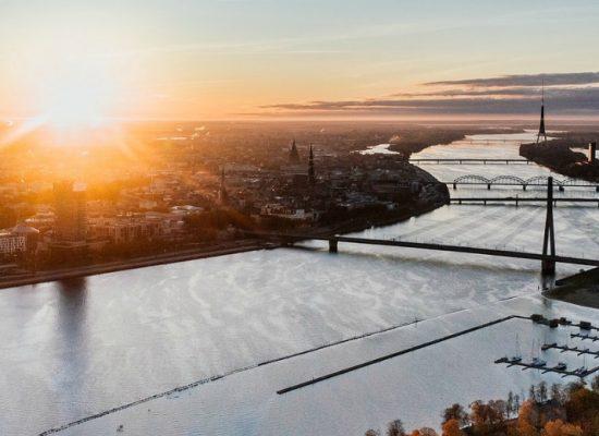 Latvia showcases digital resilience