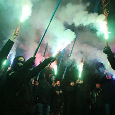 Falso: Ucrania castigará aquellos que se nieguen a hablar en ucraniano