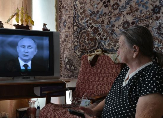 """Badanie opinii społecznej przeprowadzone przez """"Lewada-Center"""": Rosja zmierza w złym kierunku"""