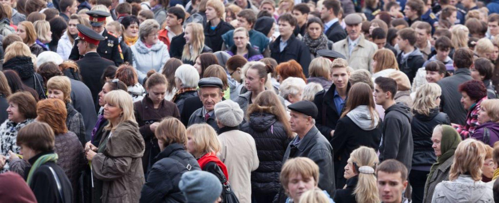 «Левада-центр»: 52 процента россиян считают, что власти лгут о положении дел в стране
