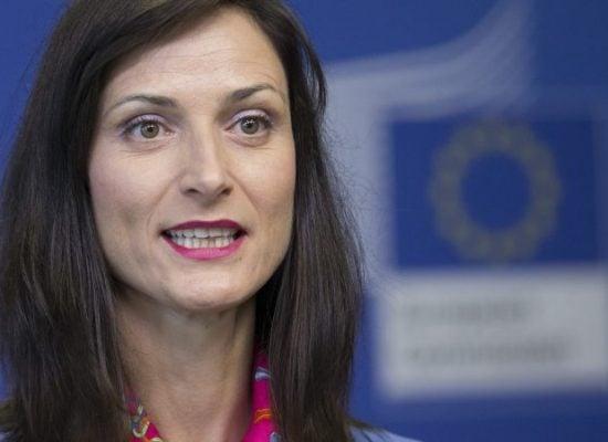 Evropska komesаrka zа digitаlno društvo i ekonomiju želi da se EU dodatno potrudi u borbi protiv lažnih vesti