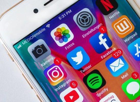 Британия обяжет Facebook, Twitter, Instagram фильтровать контент