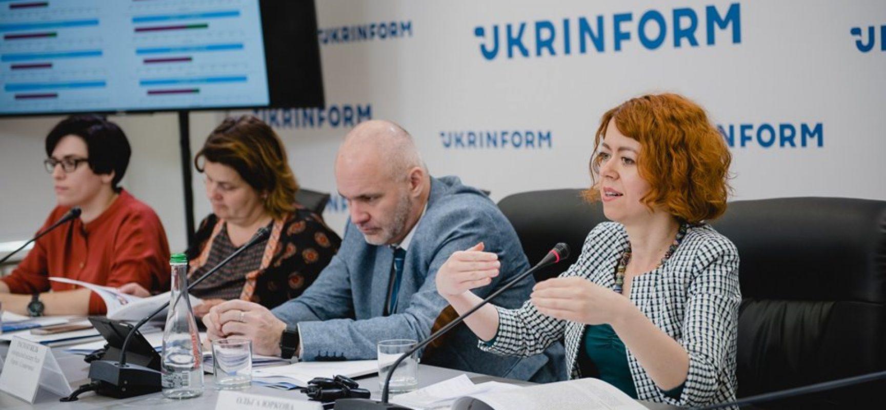Dziennikarzom ukraińskim brakuje wiedzy o mediach społecznościowych i propagandzie: wyniki monitoringu kampanii wyborczej
