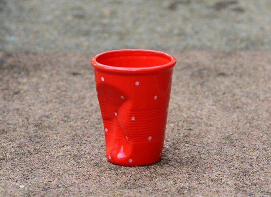 Фейк Дмитрия Пескова: бросить пластиковый стаканчик в полицейского — преступление, за которое в США могут застрелить на месте