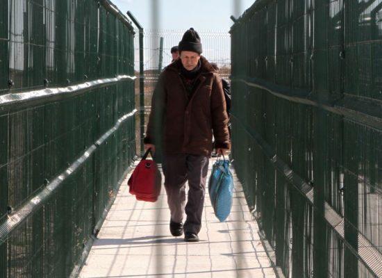 «Слова о массовом переезде украинцев в Крым – фейк»: кто и зачем приезжает на полуостров