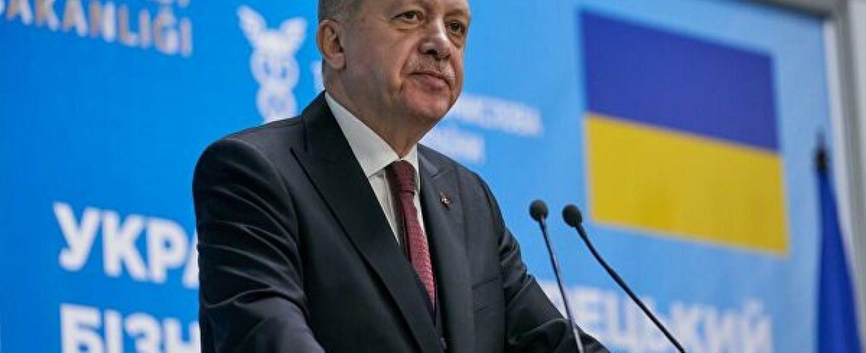 Лавров пригадав, що Ердоган не відкидав запрошення до Криму. Але він його і не приймав, а Крим визнає українським