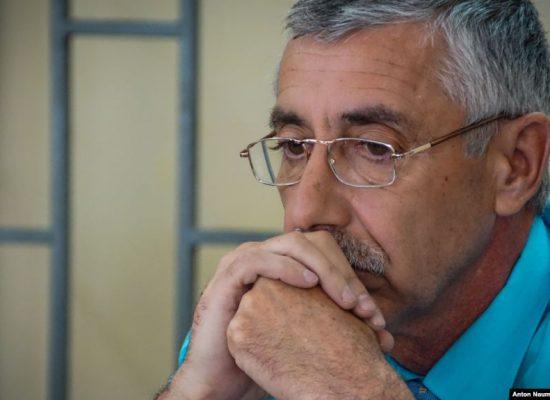 Кримськотатарський активіст відбув умовний термін за коментар у Facebook «Крим – це Україна»