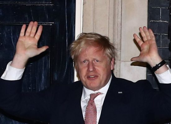 Update: Sputnik falsely says Boris Johnson on lung ventilation