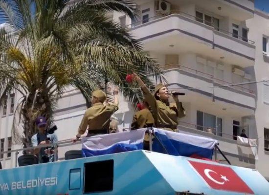 Фейк российских СМИ: Украина угрожает Турции туристическим бойкотом из-за песни «Катюша»