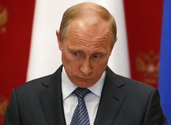 Схвалюй, та не довіряй. Чому під час пандемії рейтинг Путіна став рекордно низьким