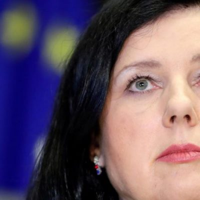 L'exécutif européen dénonce officiellement les fake news de la Chine