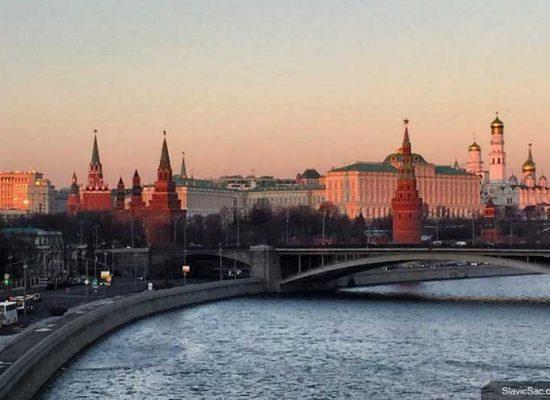 Конспирологические теории Кремля оборачиваются против него