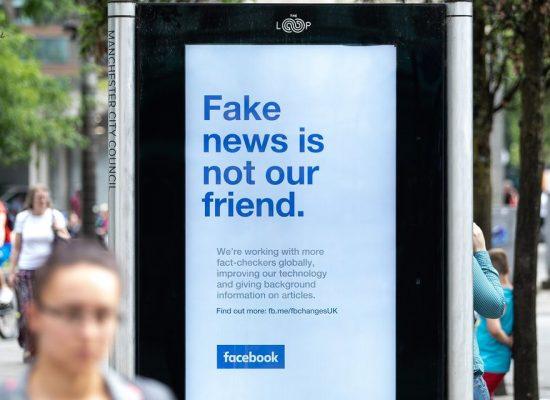 Facebook начал отмечать сообщения контролируемых государством СМИ, в том числе российских и китайских
