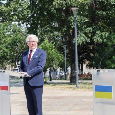 Współpraca Polski, Litwy i Ukrainy, by przeciwstawić się dezinformacji i reinterpretacji historii ze strony Rosji