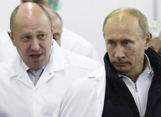 За троллей и наемников. Новые санкции против «повара Путина»