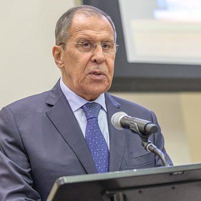 Fake: Zdaniem Sergieja Ławrowa Rosja nie jest stroną w konflikcie zbrojnym na Ukrainie