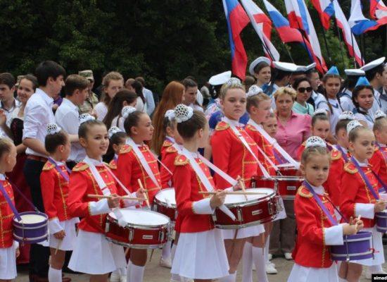 «Крымское пространство занято «русским миром»: как изменилась культурная политика на полуострове